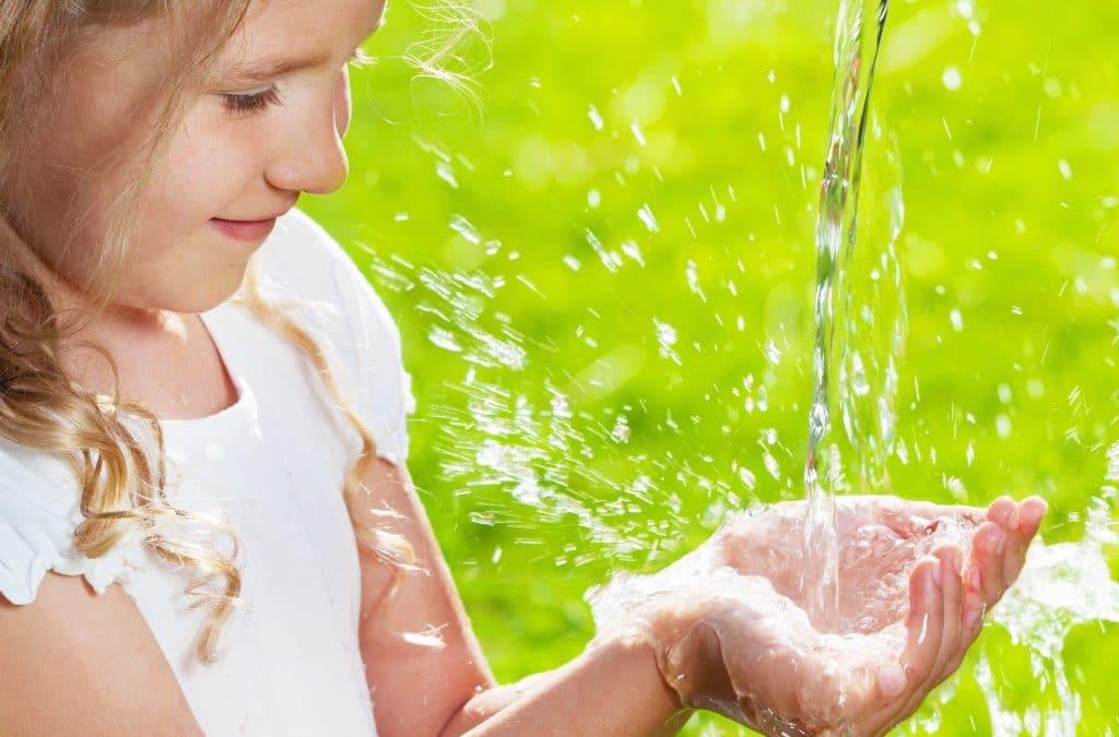 Quelle eau choisir pour nos enfants ?